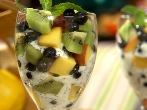 RB-0106Fresh Fruit Parfait with Lemon Poppy Seed Yogurt