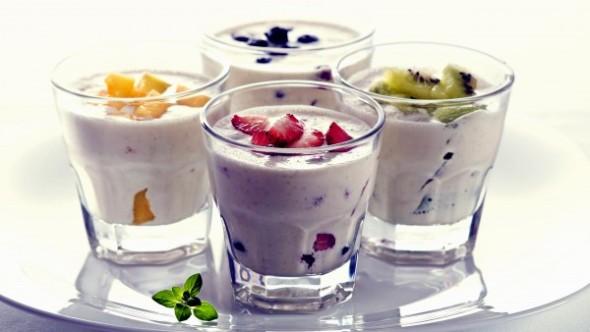 yogurt and fruit 2